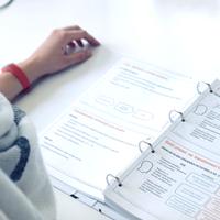 Ze školení Lean Six Sigma si účastníci odnesou celobarevné tištěné materiály.